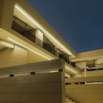 Vorderansicht nachts Marbella II_Edificius