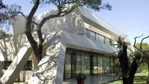 Detail der Integration zwischen Haus und Umgebung-MarbleBamboo