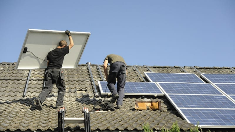 Installation einer Photovoltaikanlage für den Hausgebrauch