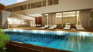 Variable Tiefe im Pool-Casa-en-Los-Cisnes-software BIM-Edificius - Copia