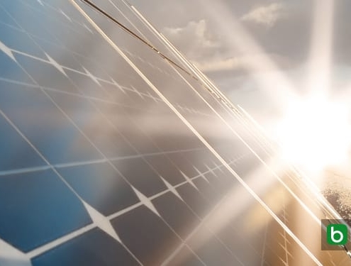 El panel solar híbrido: transitable, que producirá electricidad y agua caliente