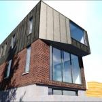 Détail du bloc en saillie de la résidence Dulwich
