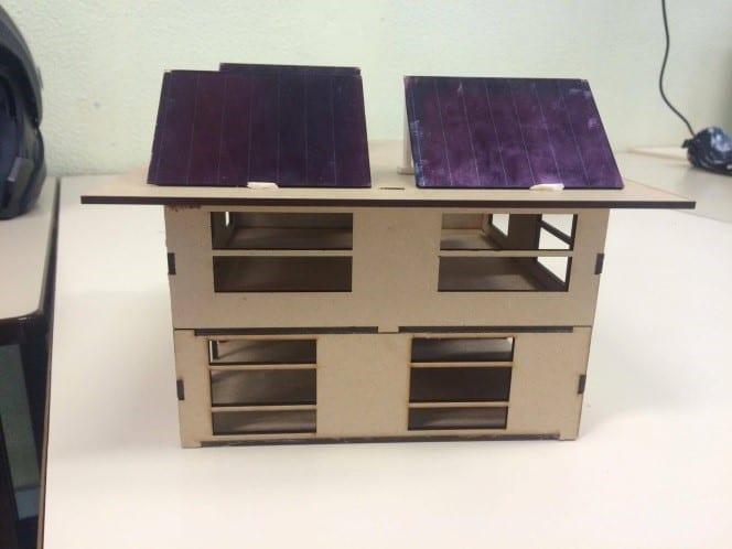 Maquette avec cellules photovoltaiques