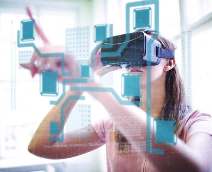 La réalité virtuelle pour l'architecture - une image qui reflète les progrès technologiques des masques pour la réalité virtuelle