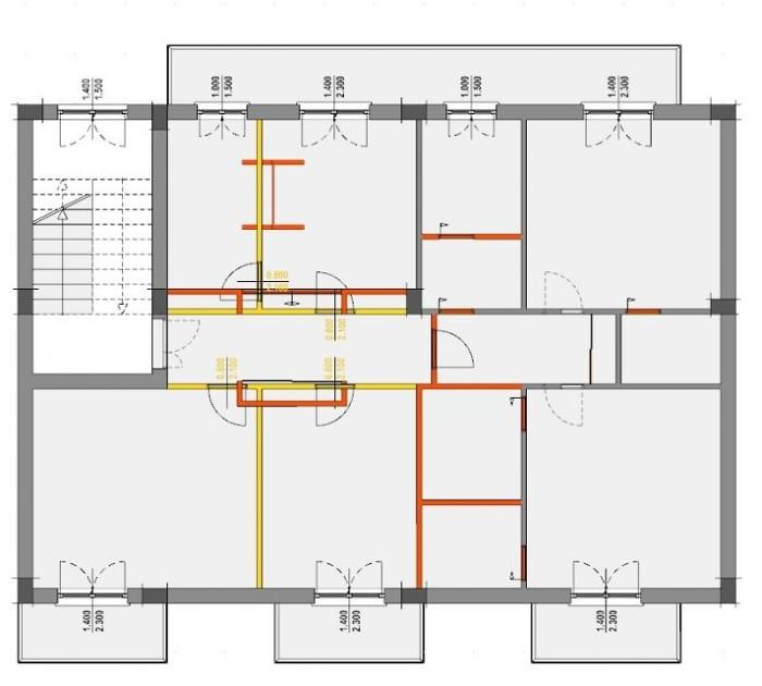 L'image représente un plan d'un appartement avec une vue de comparaison des travaux de rénovation, on distingue la situation de conception de couleur rouge tandis que la couleur jaune représente la situation de existante ,ce plan de comparaison est réalisé avec Edificius le logiciel de conception architecturale 3D BIM