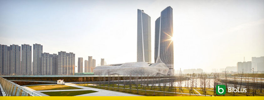 A imagem se refere ao Nanjing International Youth Cultural Centre